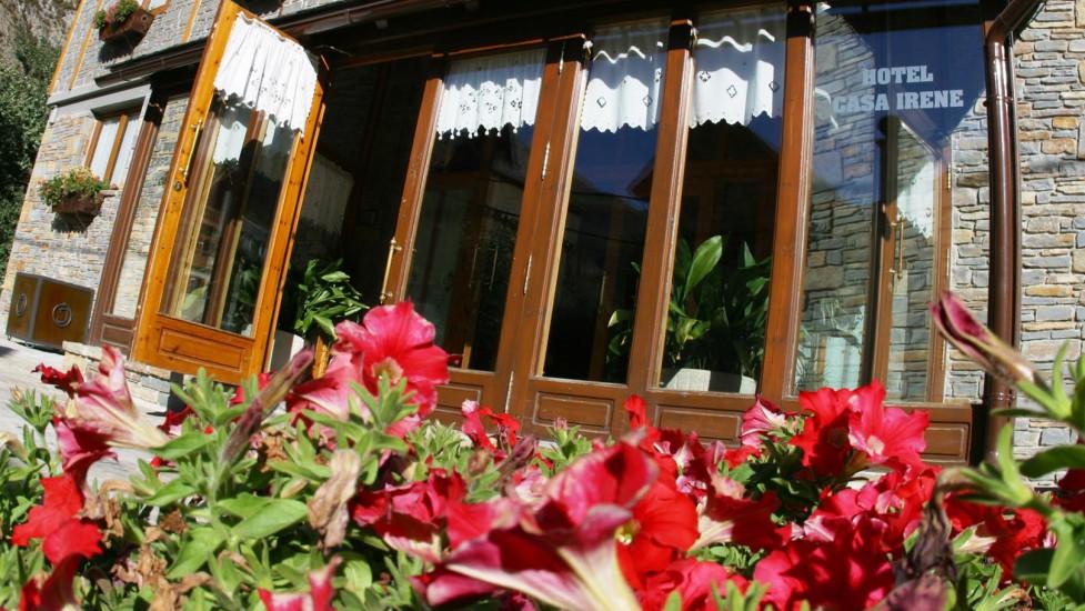 Hotel Casa Irene - Visitvaldaran.com - Valle de Arán - Estación de ...