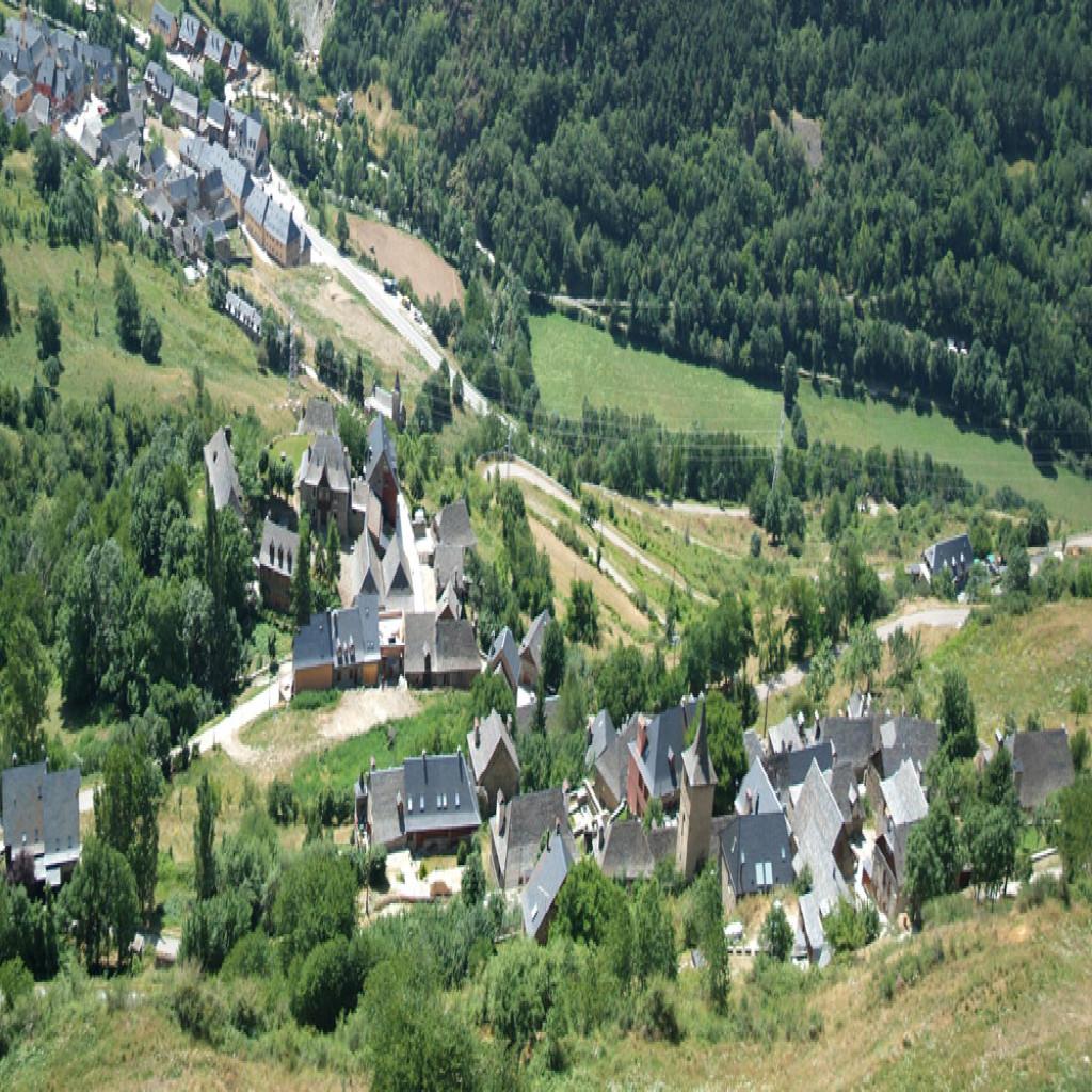 Vila valle de ar n estaci n de - Inmobiliarias valle de aran ...