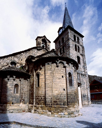 Resultado de imagen de Iglesia de Mair de Diu dera Purificacion de Bossost